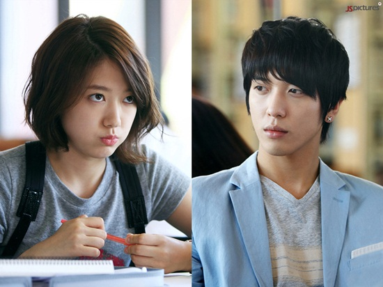 20110615_park_shinhye_jung_yonghwa